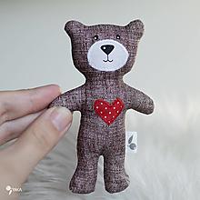 Hračky - malý a milý macko so srdiečkom :) - 12789501_