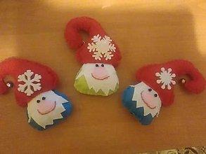 Dekorácie - Vianočný škriatok s rolničkou - 12790160_