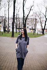 Šaty - Tmavosivé šaty na dojčenie s efektným zapínaním - 12790428_