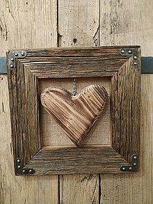Obrazy - Obraz s rámom zo starého dreva - Drevené srdce - 12791084_