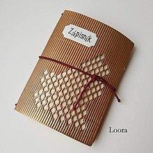Papiernictvo - Zápisník Zlatý vlnitý A6 - 12793421_