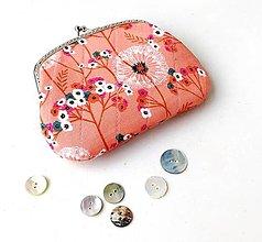 Peňaženky - Peňaženka XL Púpavy na marhuľovej - 12792800_