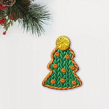 Magnetky - Vianočný stromček Fimom pletený - s klbkami (magnetka) - 12792872_