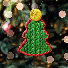 Dekorácie - Vianočný stromček Fimom pletený - obyčajný (ozdoba) - 12792890_