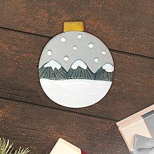 Magnetky - Vianočná guľa nasnežilo - kopčeky (magnet) - 12792956_