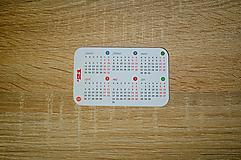 Papiernictvo - Kalendár 2021 do peňaženky - farebný - 12795447_