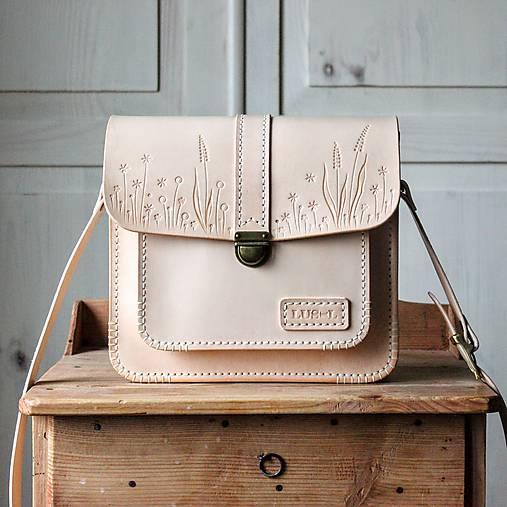 Kabelky - Kožená kabelka Floral crossbody satchel  - 12796210_