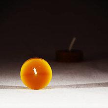 Svietidlá a sviečky - Čajová sviečka bez kalíšteka - 12805278_
