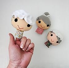 Hračky - Prstová maňuška človiečik (babička / kráľovná - na výber) - 12813698_