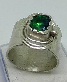 Prstene - Green eye-strieborný prsteň - 12817110_