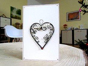 Papiernictvo - pohľadnica so srdcom II - 12816690_