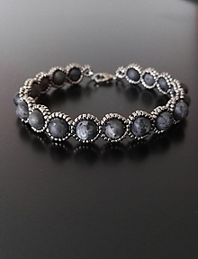 Náramky - Náramok - šedé kamienky - 12818420_
