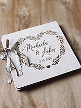 Svadobná kniha hostí, drevený fotoalbum - Srdce