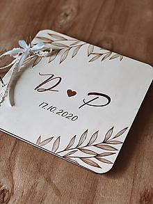 Papiernictvo - Svadobná kniha hostí, drevený fotoalbum - Lístky - 12826553_
