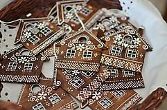Dekorácie - Domček s čičmanským vzorom - 12847272_