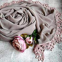 Šály - Růžová kavárna - farebny šifónový šál s čipkou - 12851407_