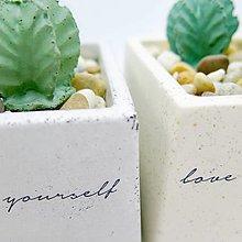 Nádoby - Kvetináč s betónovými kaktusmi Kocka veľká Tatoo - 12849264_