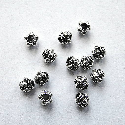 Kovové korálky 3mm-1ks
