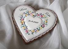 Dekorácie - Srdce podľa svadobnėho oznámenia - 12861349_