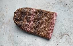 Čiapky - Pletená dvojvrstvová čiapka v ružovo-hnedej - 12867393_