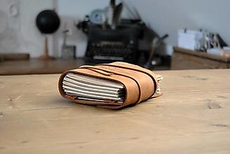 Papiernictvo - kožený obal so zápisníkom TOP SECRET - 12869490_