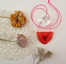 Náhrdelníky - Srdce horúce/ náhrdelník - 12873915_