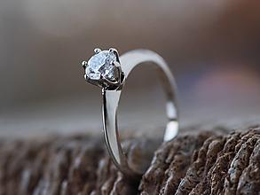 Prstene - Ako požiadať princeznú o ruku  - 12877138_