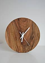 Hodiny - orechové hodiny  (balík na adresu, poistenie 30€, označenie krehké 2€) - 12877300_