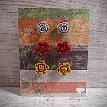 Náušnice - Náušničky napichovacie sada, kvetinky, sivá, červená, horčicová, striebro.. - 12877145_