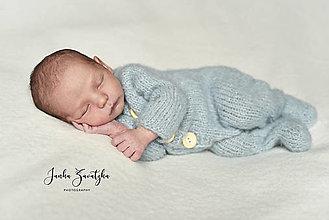 Detské oblečenie - Newborn overal s dlhými rukávmi a zatvorenými nôžkami - 12877421_