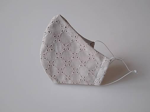 Dizajnové rúško sivé romantické s madeirou dvojvrstvové  tvarované