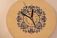 Drevené hodiny z bukového dreva Mandala FOLKLÓR