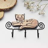 Nábytok - vešiak s mačičkou - 12886789_