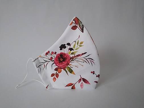 Trojvrstvové dámske rúško Georgína biela prémiová bavlna antibakteriálne s časticami striebra tvarované