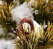 Prstene - Drevený prsteň: Nevinná - 12895911_