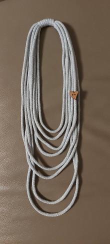 Náhrdelníky - Trblietajúce šnúry so srdiečkom - 12800359_