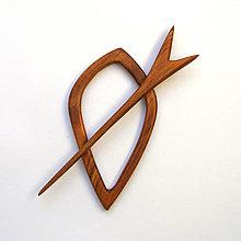 Odznaky/Brošne - Drevená ihlica na šál - čerešňová - 12901763_