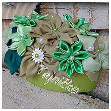 Dekorácie - Zelená ikebanka v kvetináči VÝPREDAJ - 12906592_
