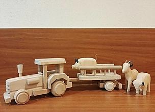 Hračky - Traktor s rebrinový vozíkom - 12904983_