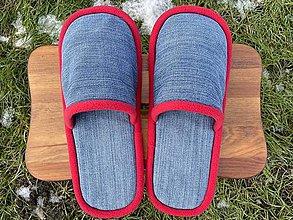 Ponožky, pančuchy, obuv - Modré riflové papuče s červeným lemom - 12904661_