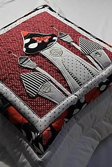 Úžitkový textil - Vankúš - dedinka 2 - 12906800_