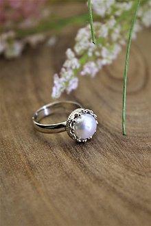 Prstene - strieborný prsteň s perlou - 12907911_