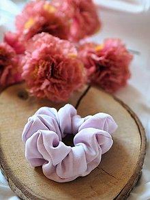Ozdoby do vlasov - Scrunchie - bledo fialová - 12908496_