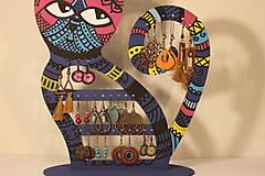 Dekorácie - Drevená mačka na náušnice  - 12912528_