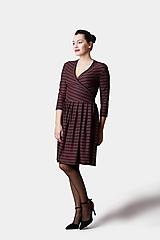 Šaty - Pásikavé šaty Cross čierno farebné - 12919627_