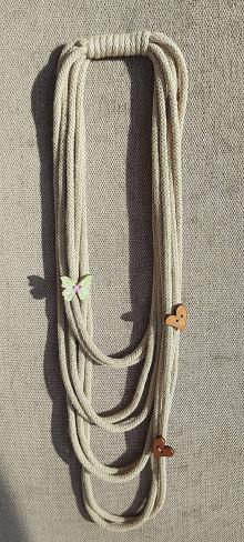 Náhrdelníky - Textilný šperk pieskový - 12920697_