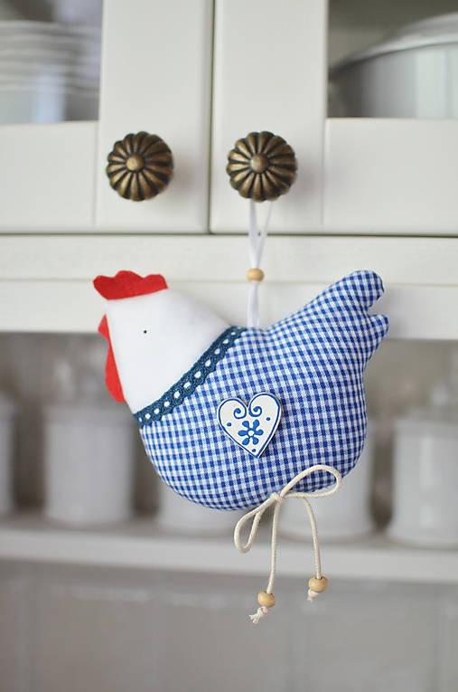 Dekorácie - Kockovaná modrá sliepočka - 12922547_
