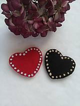 Valentínky (ručne vyšívané brožky)