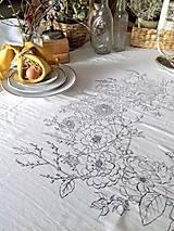 """Úžitkový textil - Maľovaný ľanový obrus """"Kvetinový veniec"""" - 12926355_"""