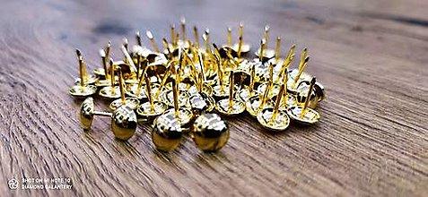 Galantéria - Čalúnícky nit - Zlaty - 11x14 mm - 12928619_